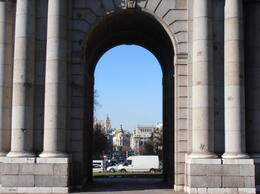 Photo of   Puerta de Alcalá 2.JPG