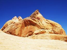 Photo of Las Vegas Valley of Fire Luxury Tour Trekker Excursion Valley of Fire