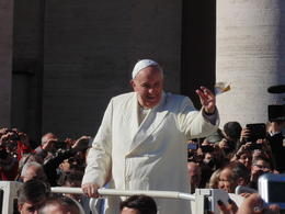 Great seats near Papa Francesco. , James W - March 2014