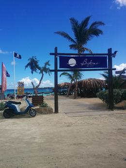 Photo of Philipsburg St-Martin and St Maarten: Sightseeing Tour of the French and Dutch Sides of the Island Bikini Beach - Orient Bay