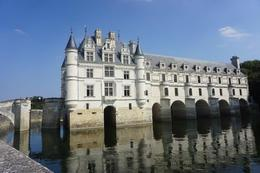 Photo of Paris Skip the Line: Chateaux de Chambord, Chenonceau and Loire Valley Wine-Tasting Day Trip from Paris Chenonceau