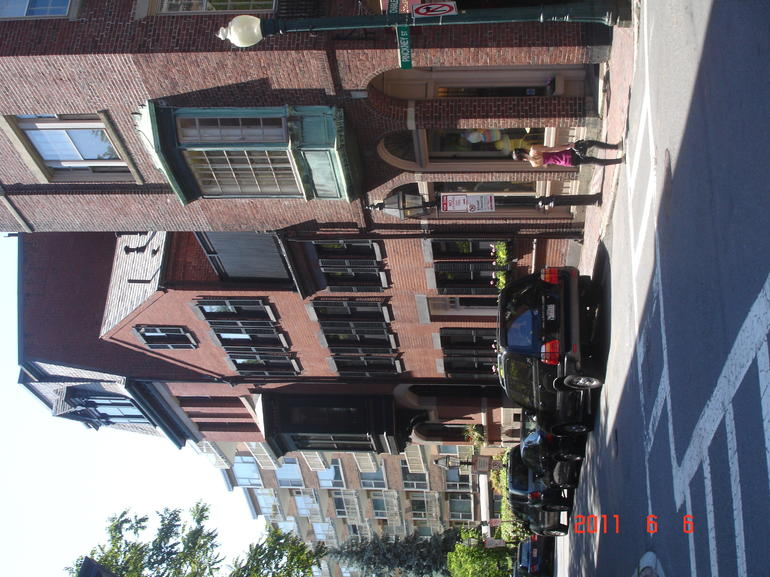 Quaint Beacon Hill shops - Boston