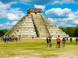 The main, spectacular pyramid in Chichenitza , Elise R - May 2016