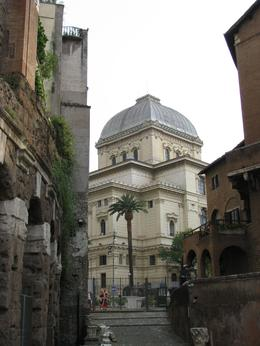 Photo of Rome Trastevere and Rome's Jewish Ghetto Half-Day Walking Tour Jewish Synagogue