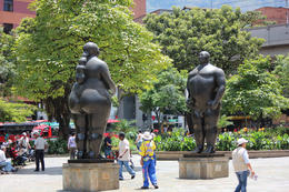Statues of a woman and man., Bandit - September 2012
