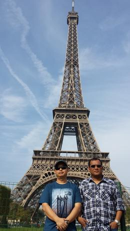 Photo of Paris Paris City Tour, Seine River Cruise and Eiffel Tower MOTRON