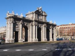 Photo of   Puerta de Alcalá 5.JPG