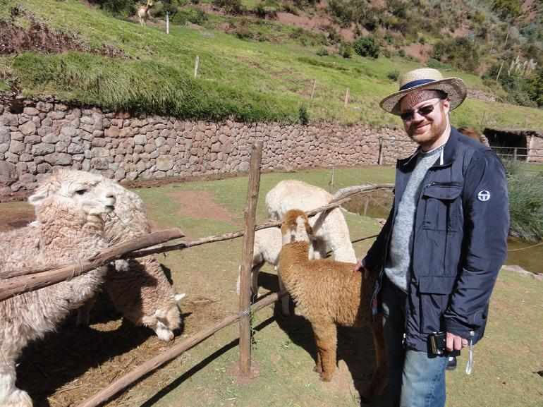 Sacred Valley animal park - Cusco