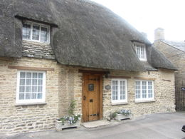 Bampton Village - thatched roof home , Lori N - September 2015