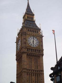 Picture of Big Ben taken from the top deck of the bus, Vanessa M - September 2010