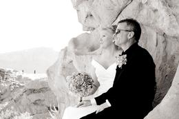 Photo of Las Vegas Valley of Fire Wedding by Private Limousine Horizon