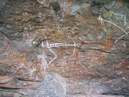 Photo of Darwin 2-Day Kakadu National Park Yellow Waters Cruise, Aboriginal Art Sites and Arnhem Land Tour from Darwin Rock Art