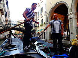 Photo of Venice Venice Gondola Ride and Serenade Stay Away from This Group of Gondoliers and this tour