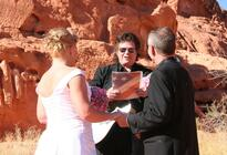 Photo of Las Vegas Valley of Fire Wedding by Private Limousine