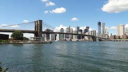 Taken from DUMBO, where wa also got out of the Jeep for a while , mickb19 - September 2012