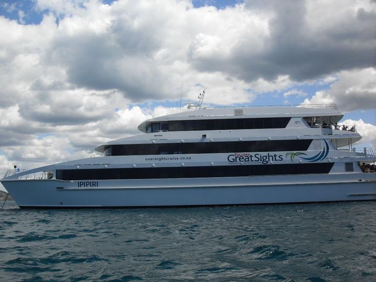 4 Deck Boat - Auckland