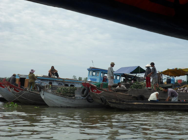 Trading fruit and other produce on the Mekong Delta