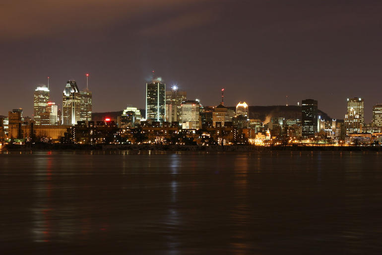Montreal by Boat - Skyline - Montreal