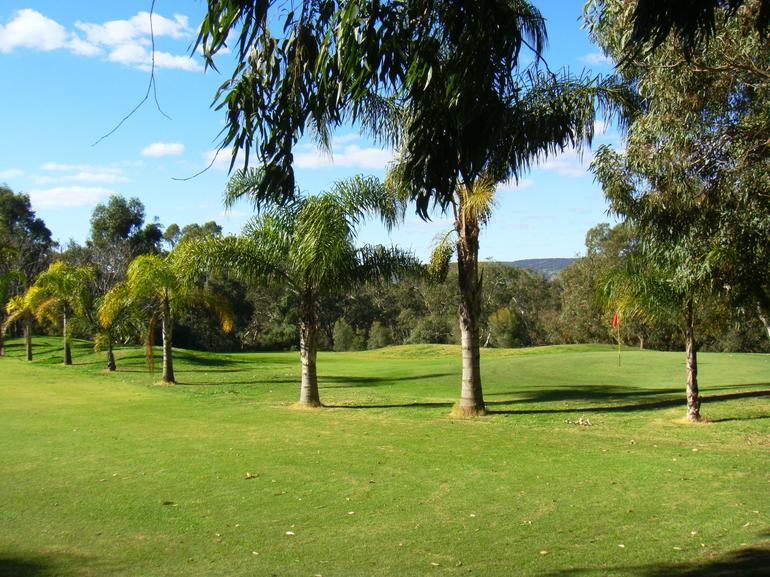 Super Golf course in Swan Valley - Perth