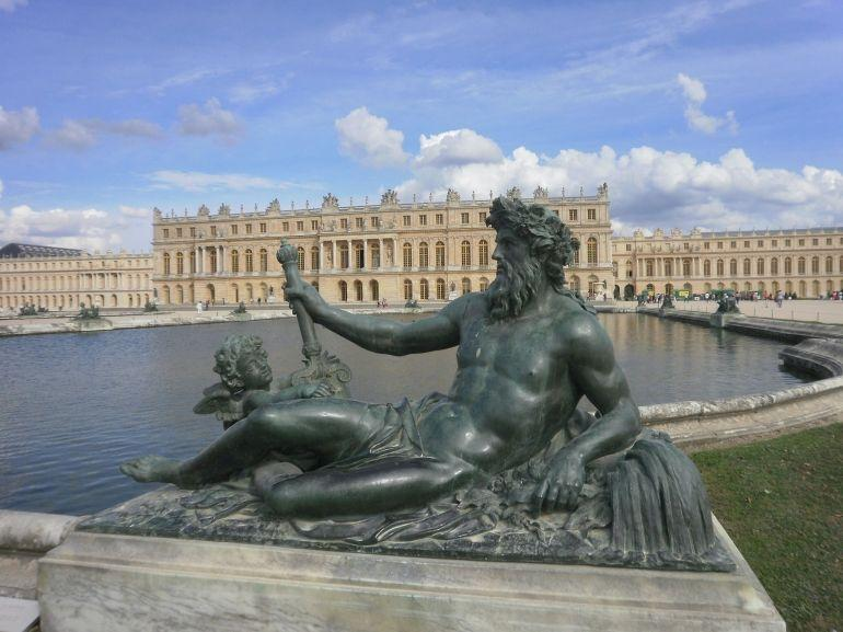 A view of the palace! - Paris