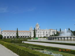 Photo of Lisbon Lisbon Hop-on Hop-off Tour Jeronimos Monastery