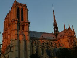 Photo of Paris Paris Hop-On Hop-Off Combo: Sightseeing Bus and Seine River Cruise Notre Dame at Sunset