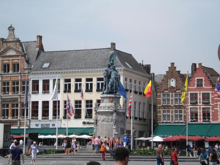 One of several town squares in Bruges - Paris
