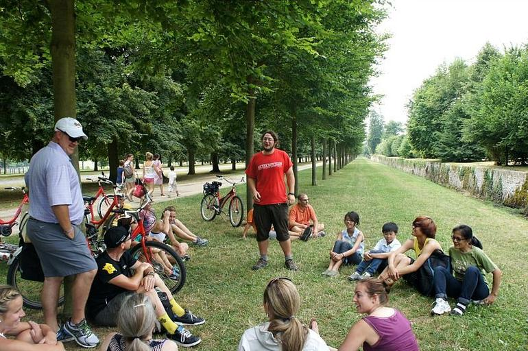 With Pete (in red shirt) - our excellent tour guide. - Paris