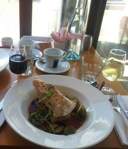 Enjoying lunch at Rochford's Winery , BEVERLEY - October 2014