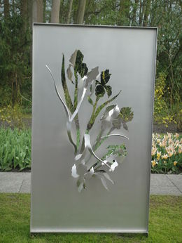 The elegant sculpture featuring the gorgeous Iris. , Gwenda Goodson G - July 2015