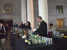 Photo of San Francisco California Academy of Sciences NightLife Bartender & Drinks