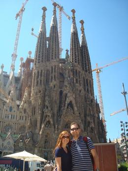 La Sagrada Familia......an unbelievable sight!, Sean C - April 2009