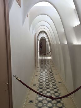 Who else made hallways like this in 1900? , Dorothy C - August 2015