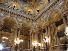 Admiring the opulence - this was the place to be seen - arriving for a perfomance and seeing who was wearing what !! , Maria C - July 2015