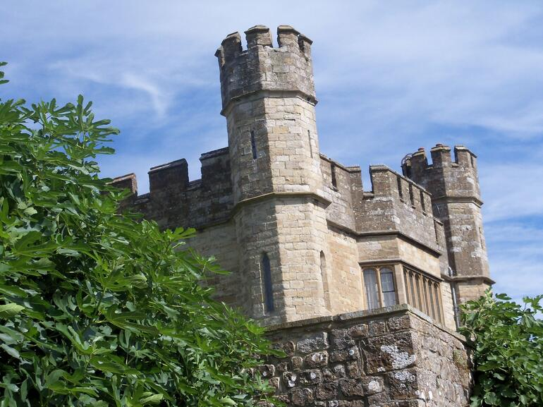 Leeds Castle - London