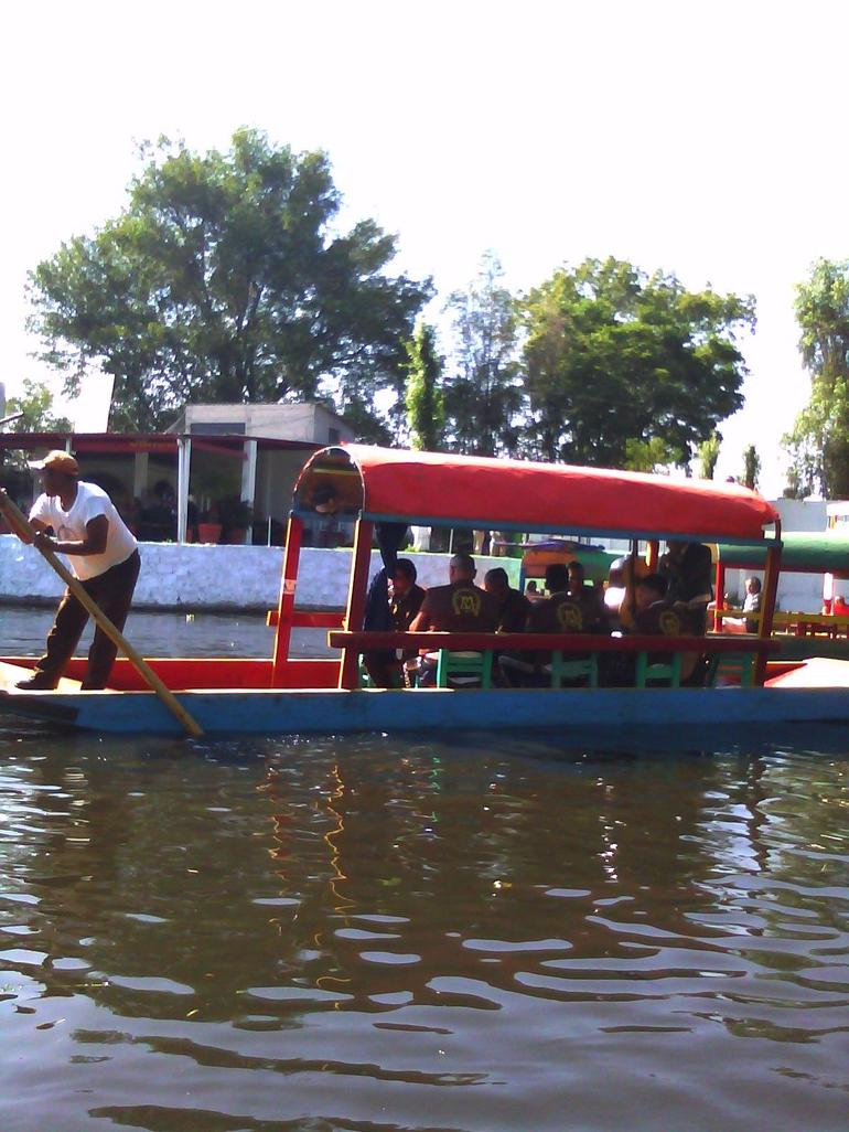 Many, many boats and folks - Mexico City