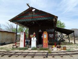 Old gas station and train tracks - August 2012