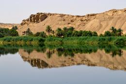 Fantastic scenery and a very still Nile , Susan H - May 2014