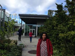 Chihuli Garden and Glass. The fantastic place to visit , Ganeshan V - April 2015
