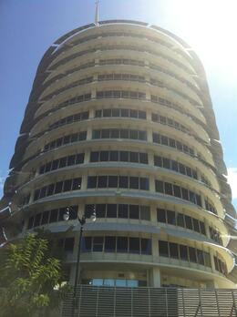 Photo of Los Angeles Hollywood Movie Location Tour Capitol Records Building