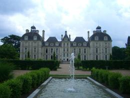 Photo of Paris Loire Valley Castles Day Trip: Chambord, Cheverny and Chenonceau Gheverny