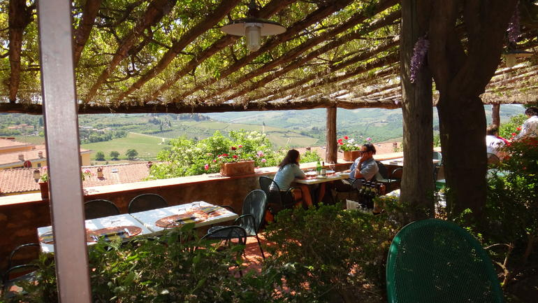 Lunch Overlooking The Tuscan Countryside - Florence