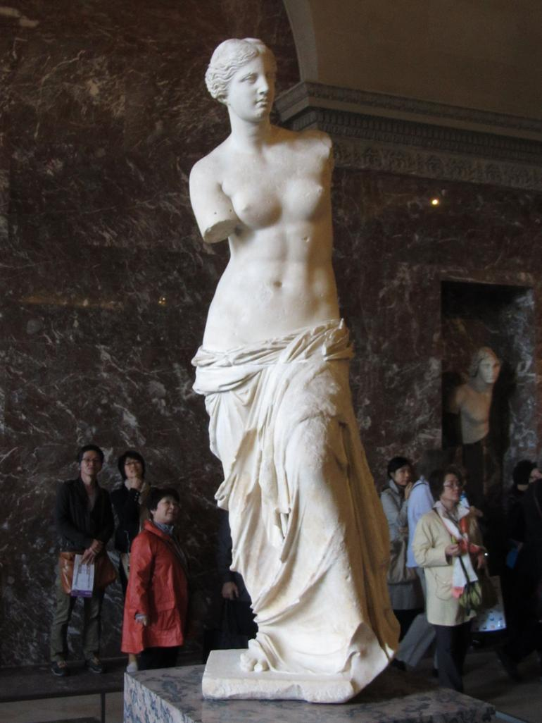 Venus di Milo...  amazing she's dated from BV - Paris