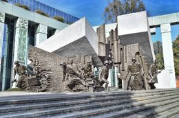 This is a spectacular monument dedicated to the Warsaw uprising of 1944. , David Lally - October 2015