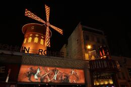 Outside the Moulin Rouge , Bostocks - February 2013