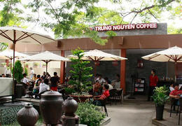 Visited Trung Nguyen Garden Coffee, the famous coffee shop in Ho Chi Minh City , Rosi Shuter - January 2015