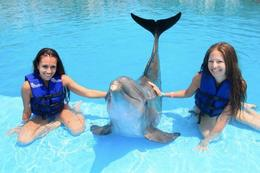 Girls with the dolphins, Mo Burns - August 2011