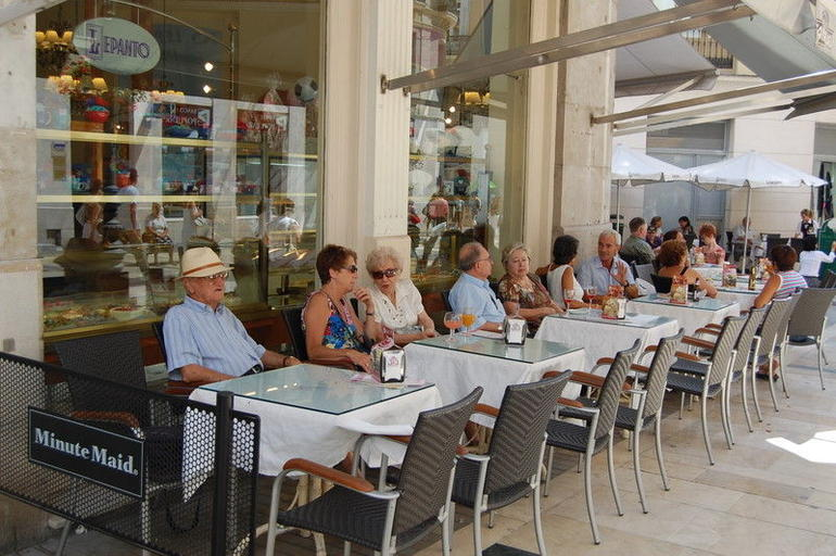 Cafe in Larios -