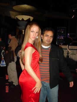 She loves me., Sumit B - January 2008