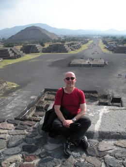 At the highest level of the Pyramid of the Moon (you cannot climb to the top) looking towards the Avenida de los Muertos. , Alberto L - November 2014